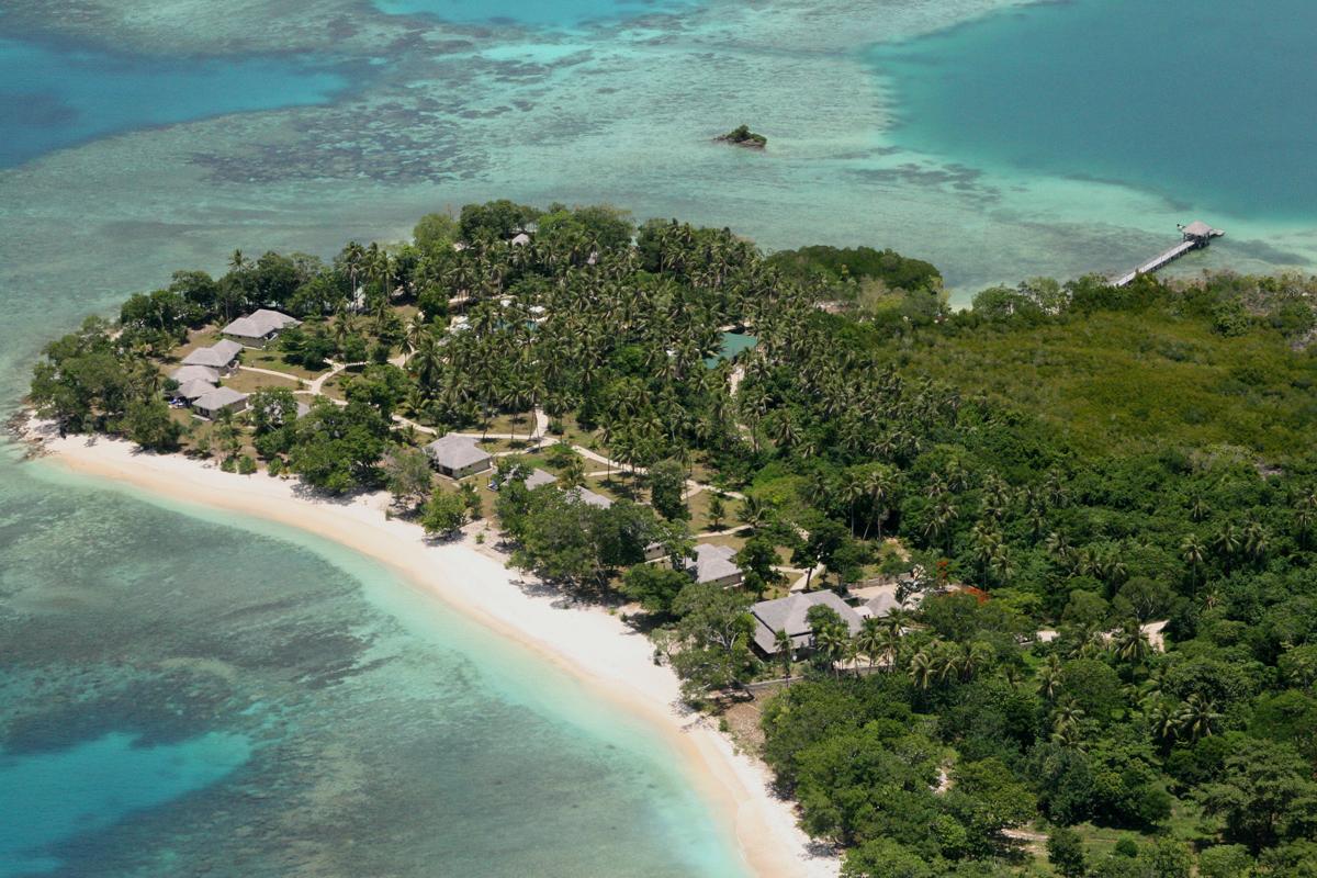 Location Amp Facilities Eratap Island Beach Resorts Vanuatu